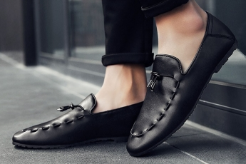 Elegant Black loafers