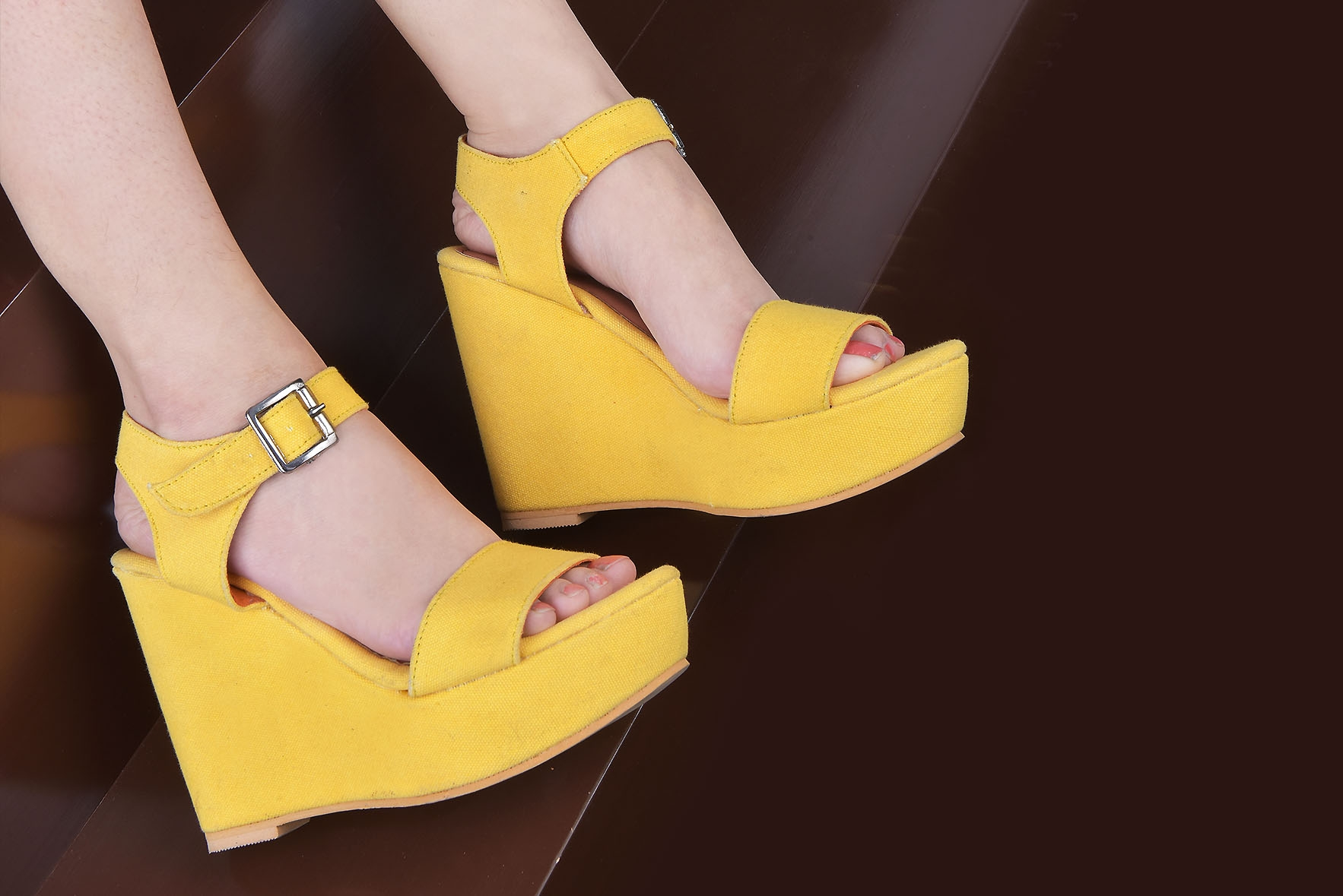 Lovely gallery wedges Mustard