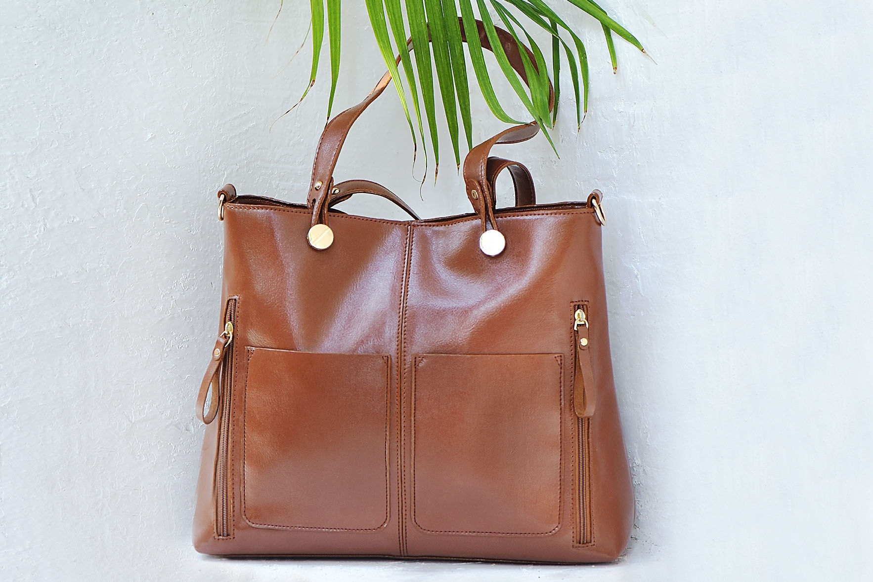 Carry all day bag Brown