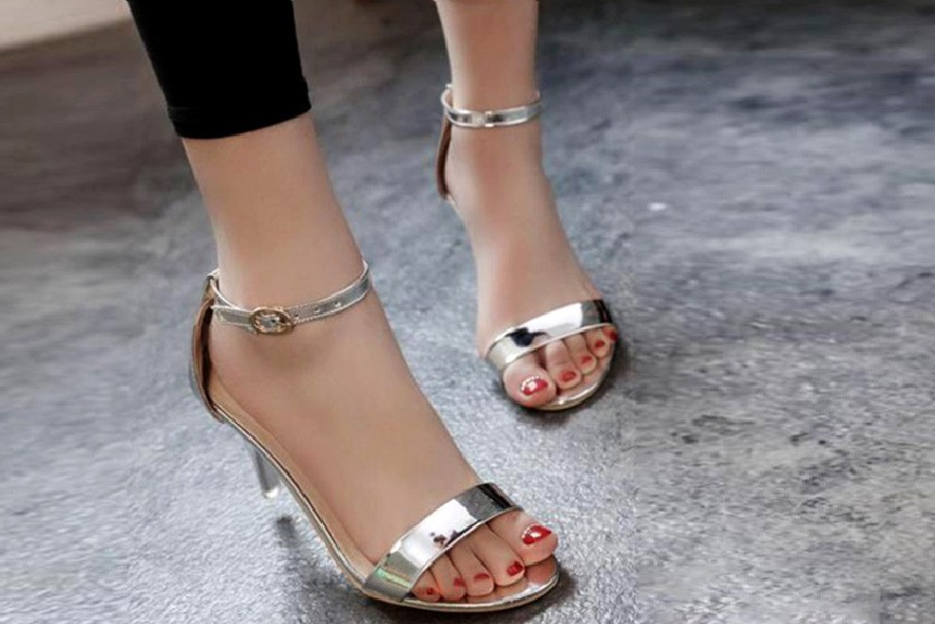 Party time heels silver