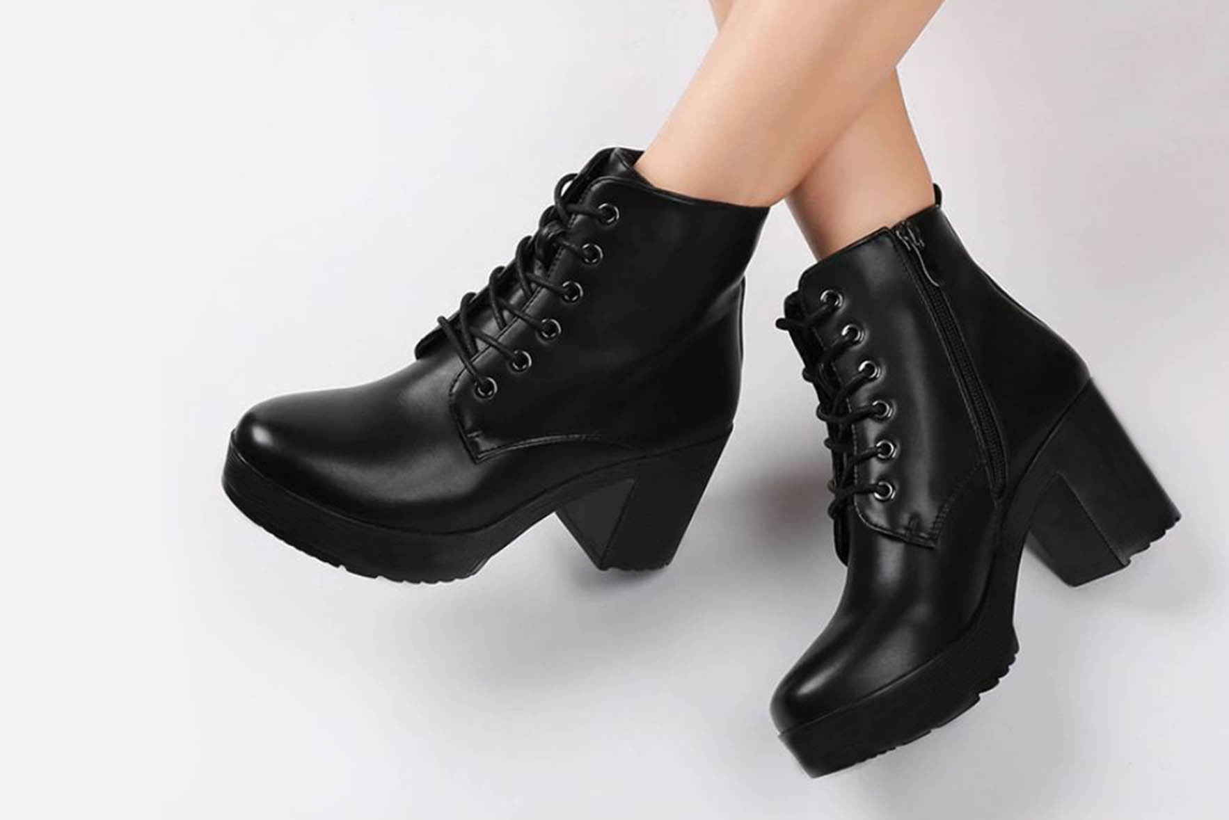 Super Platform Boot Black