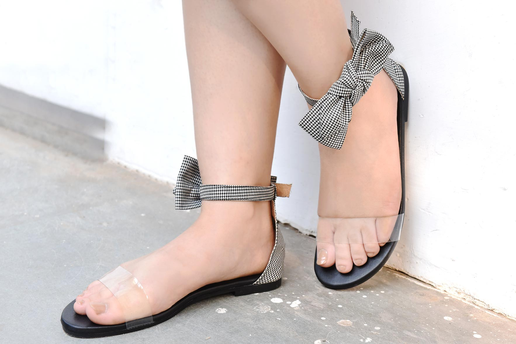 Bow is all you need flats