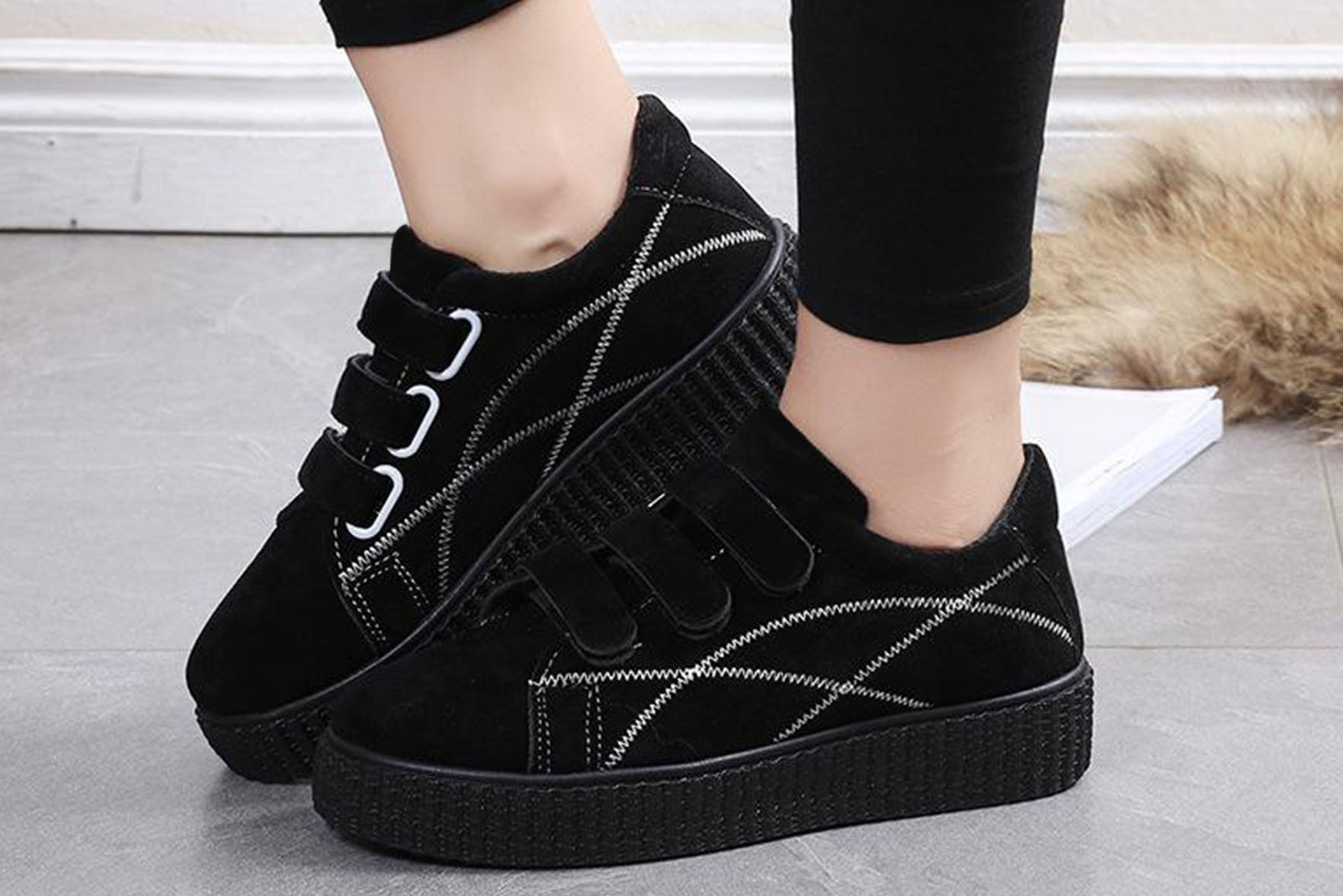 Autumn vintage sneakers Black