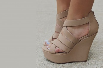 to the nines wedges street style store