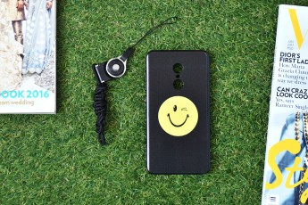 MI Note 4 Smiley Case with phone string
