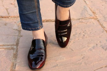 Double shaded formal shoes