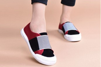Put to walk sneakers