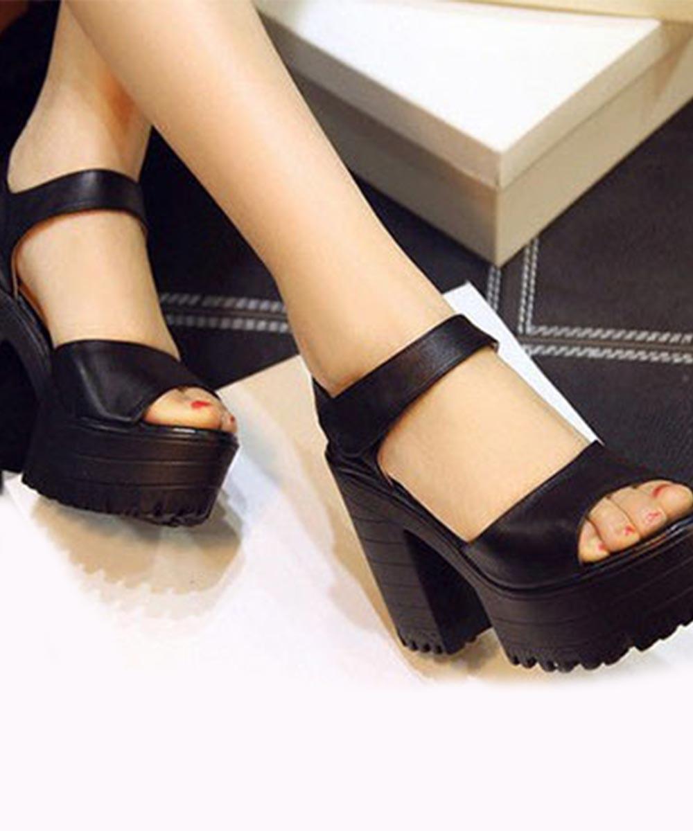 Show your steps heels Black