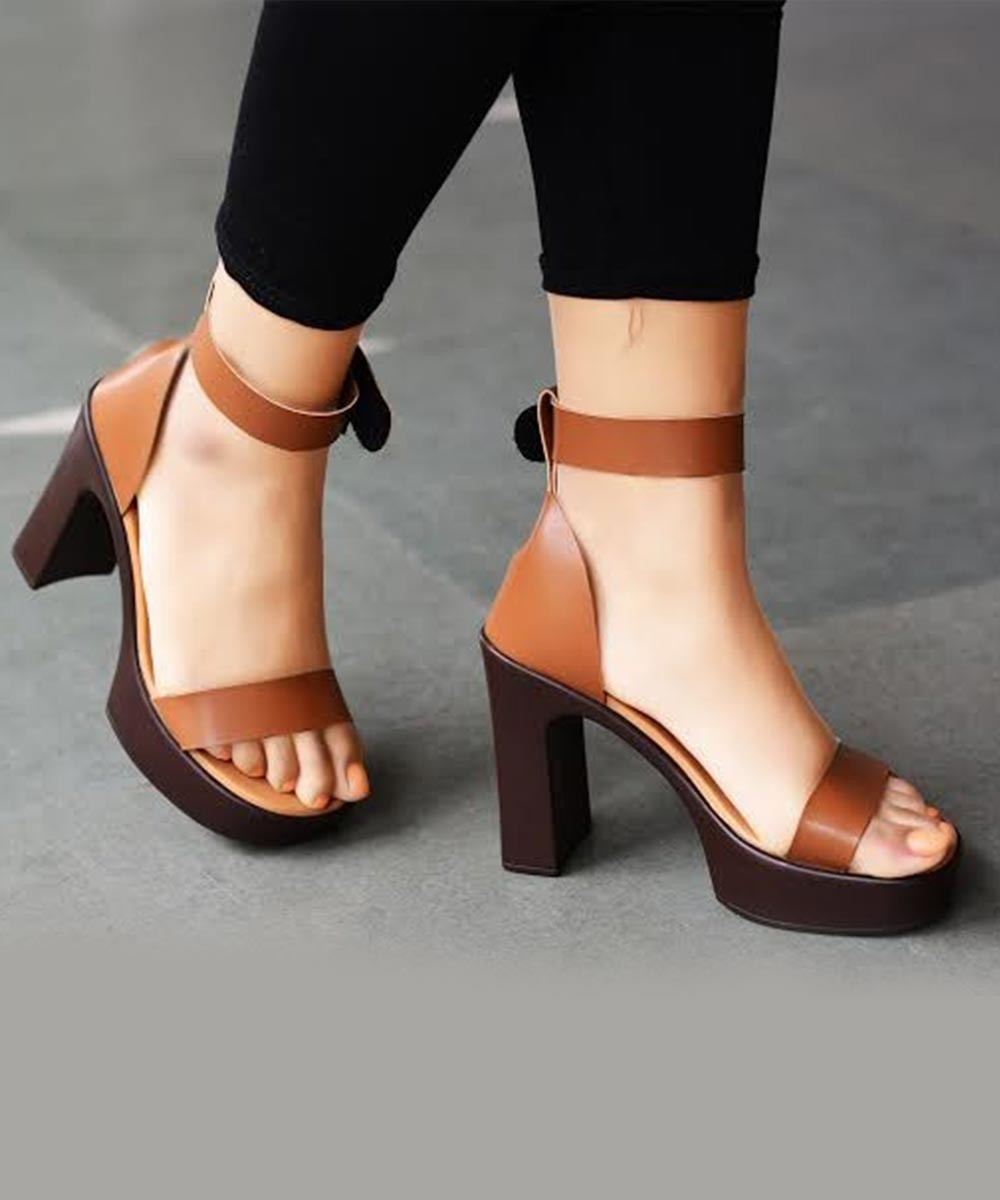 Memorable Moves Heel in brown
