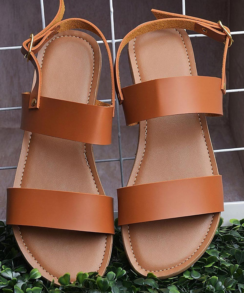 Strap up flats brown