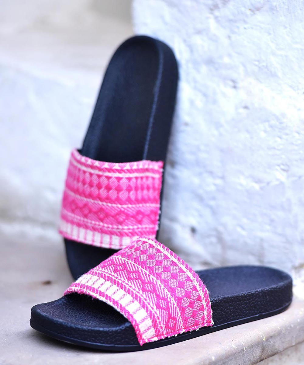 Bliss pink slip on