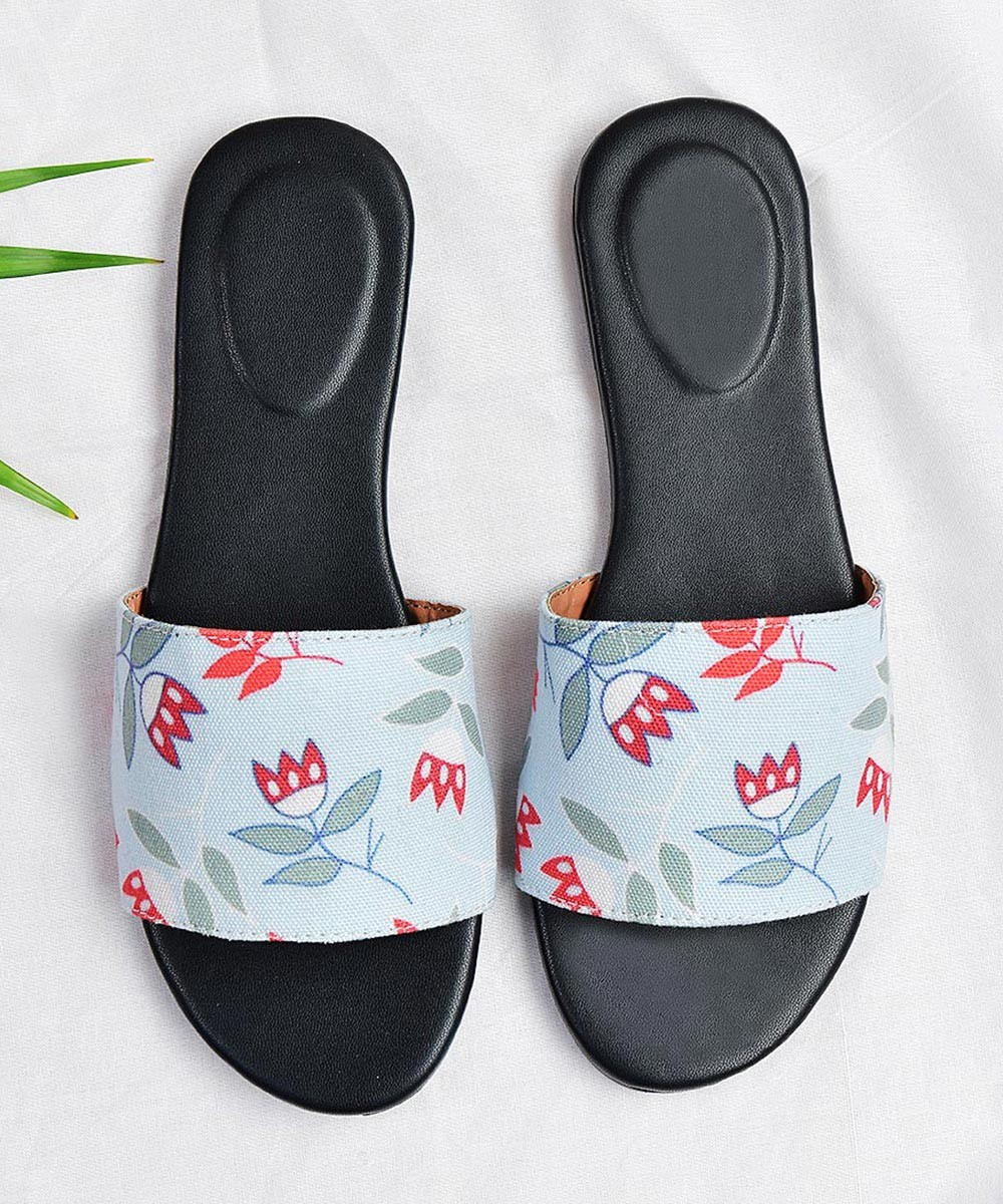 Roses with Love flats