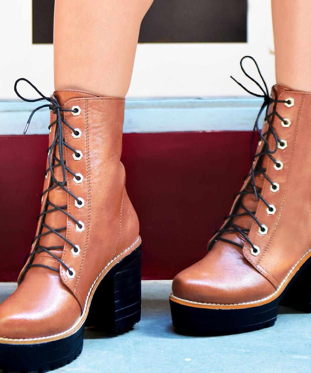 Staying alive boots brown