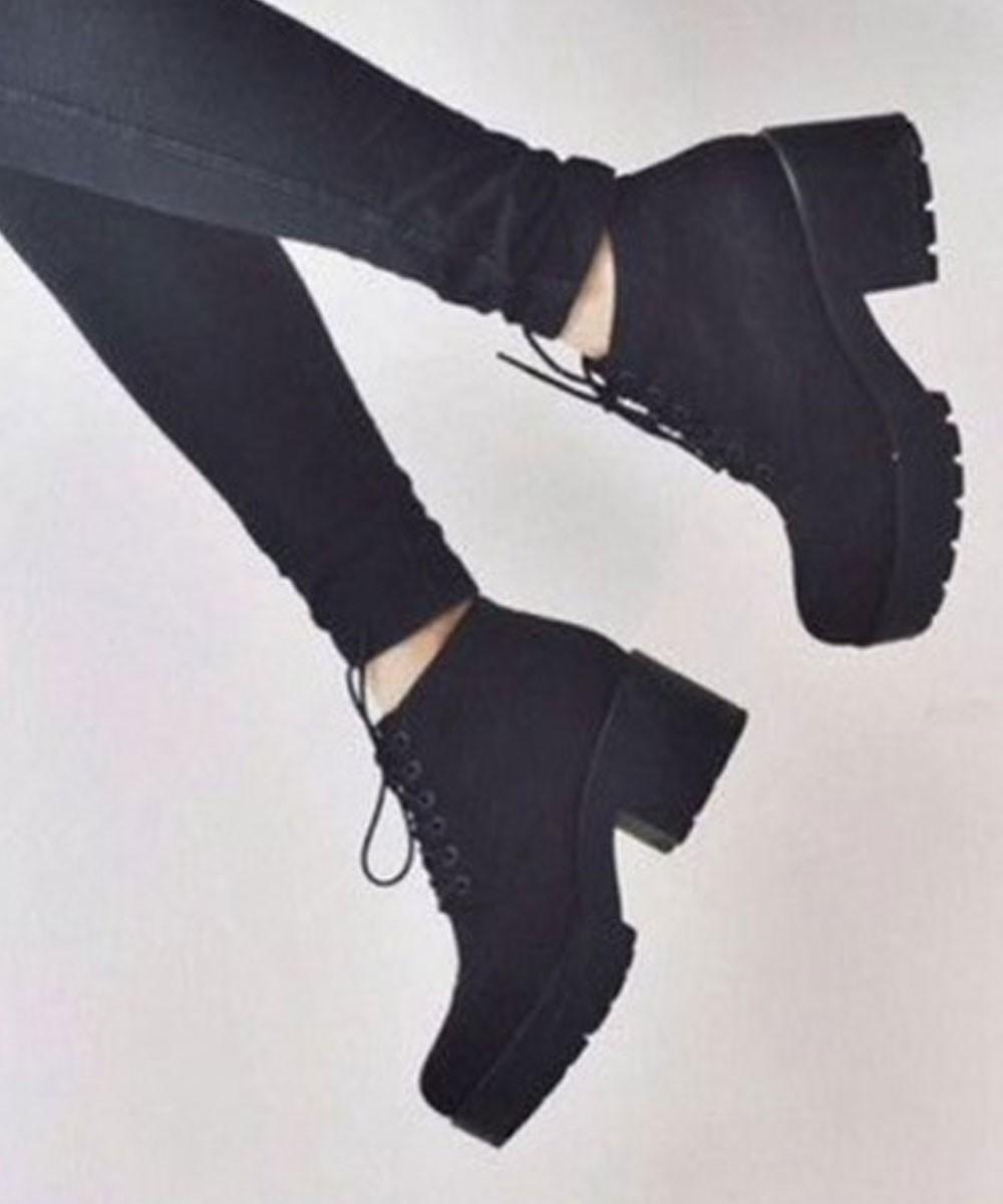 Twist of Gait Boots