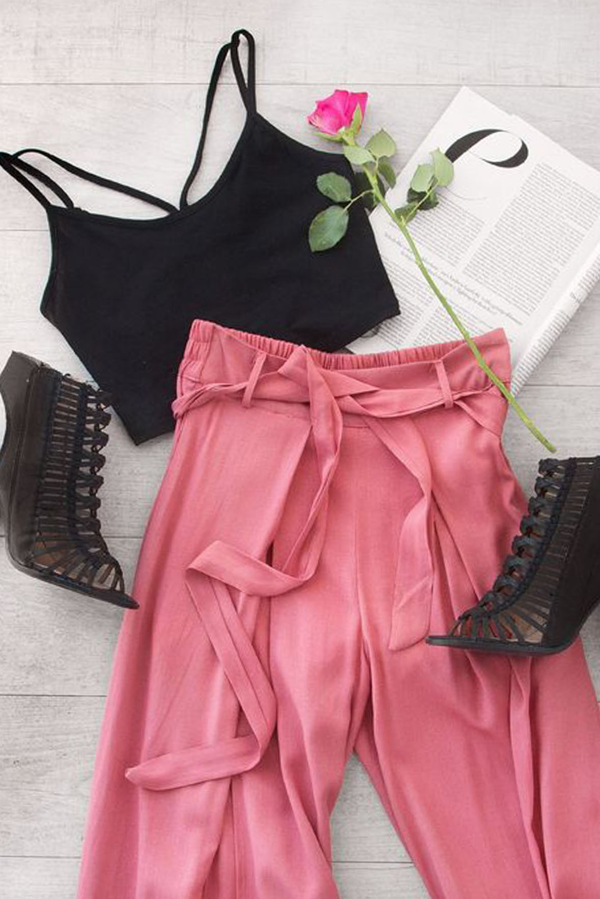 Set Strappy Top With Belt Trouser