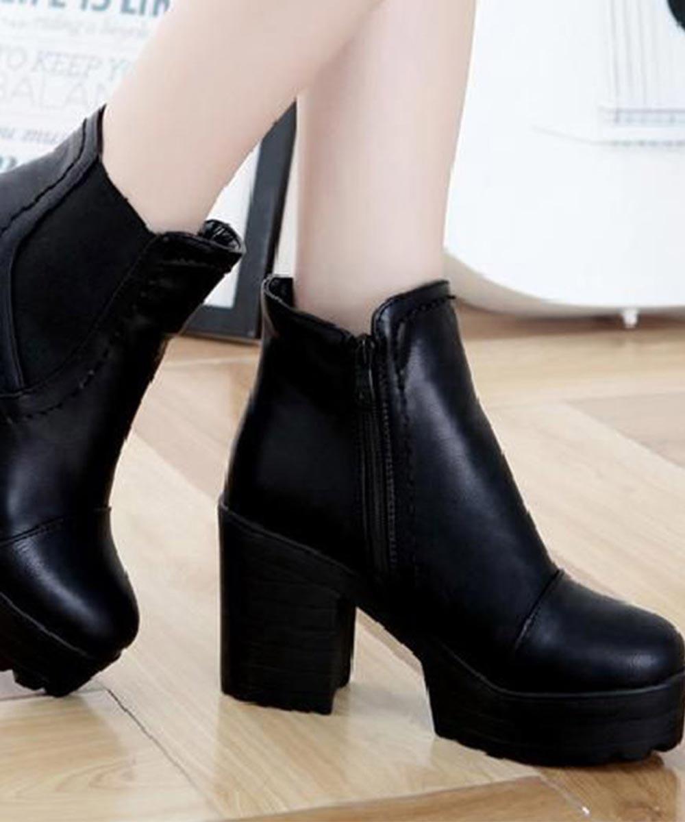 Chunky Heel Short Boots Black