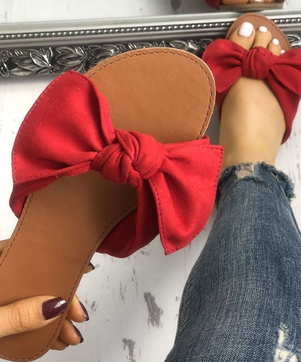 Bow embellished red flats