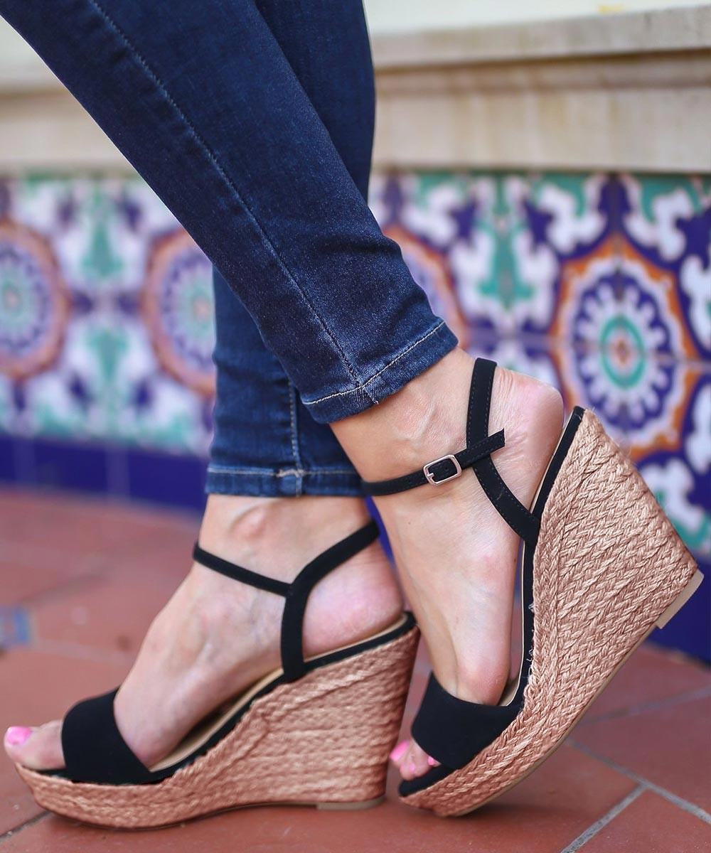Pretty summer vibes wedges