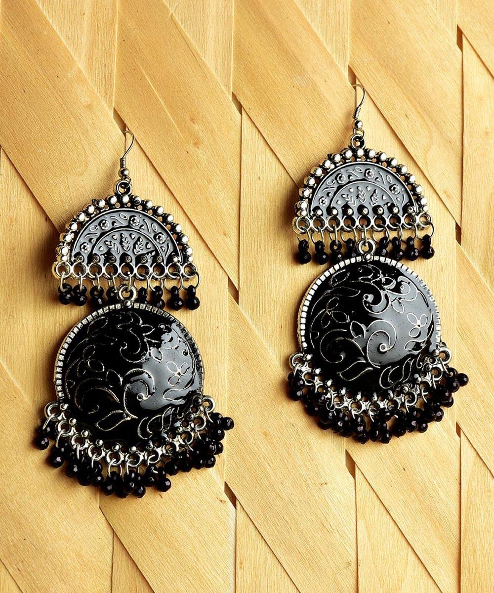 One thing earrings