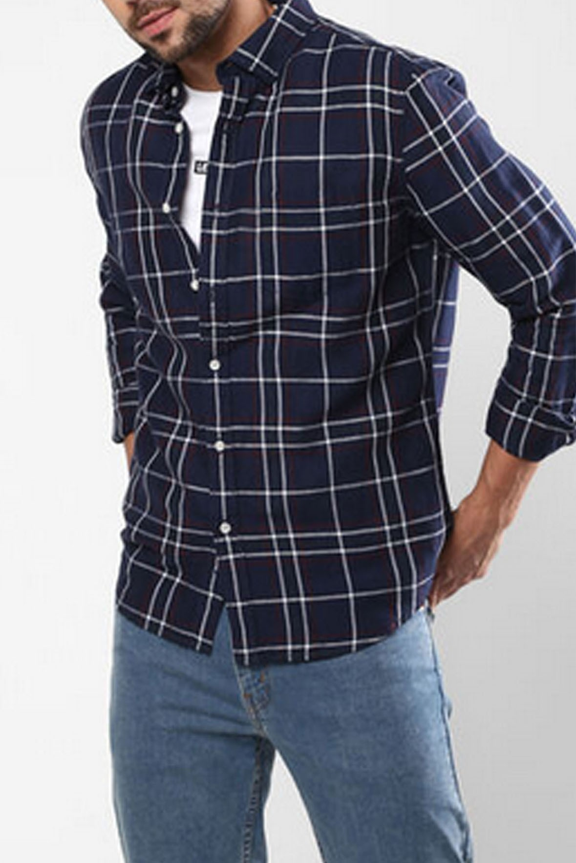 Men's Basic Full Sleeves White and Black Check Shirt S194