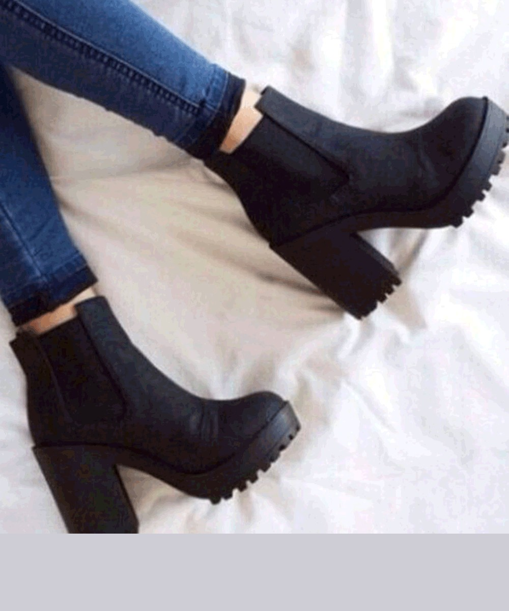 Solid Color Waterproof Chunky High Heel Boots