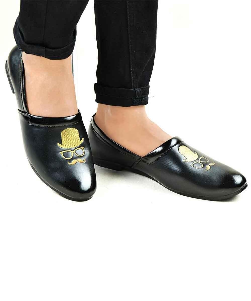 Classic Black men's shoes