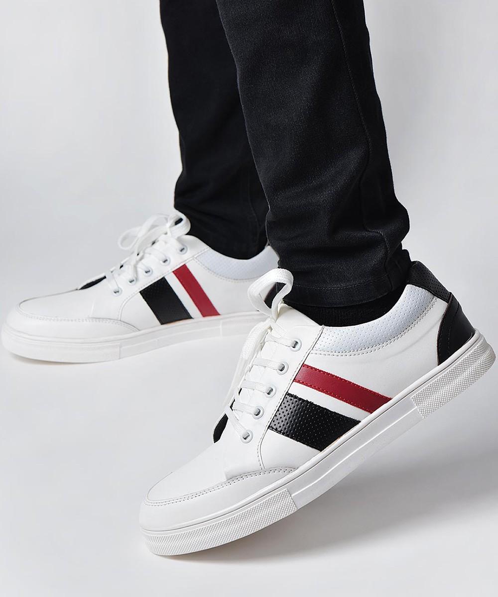 World adventure sneakers