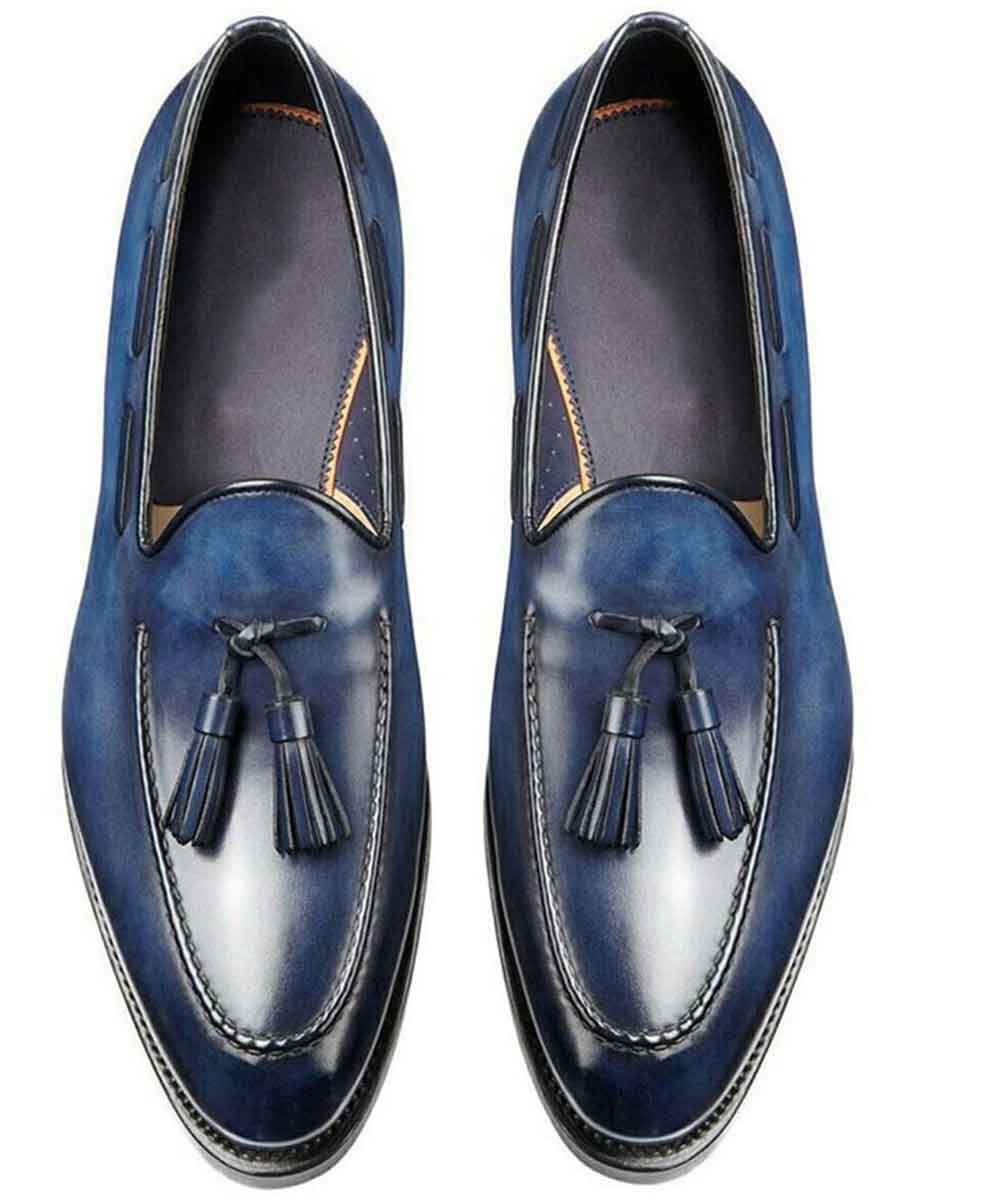 Tassel on point loafers blue