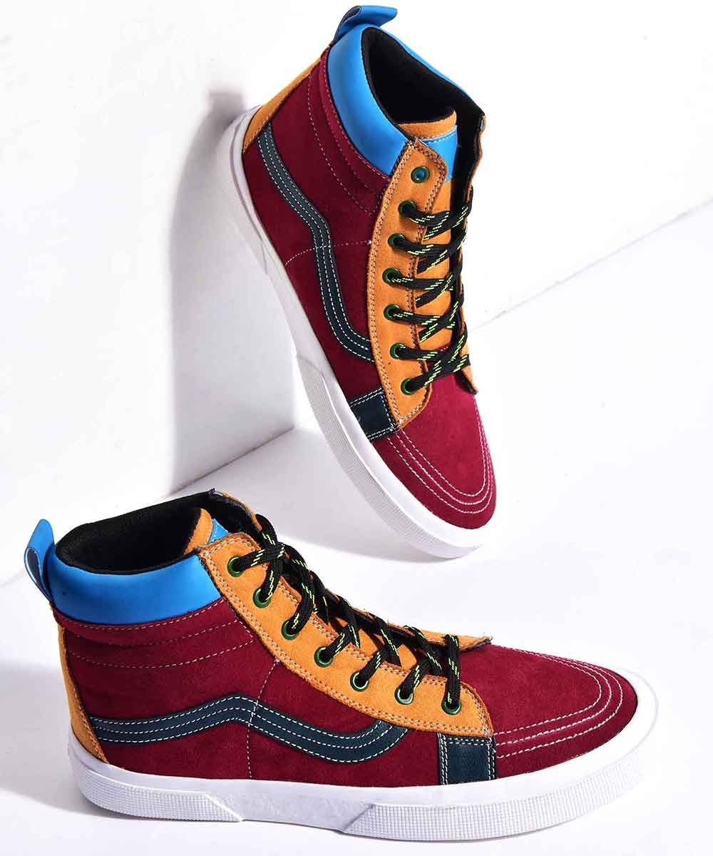 Rio calling sneakers