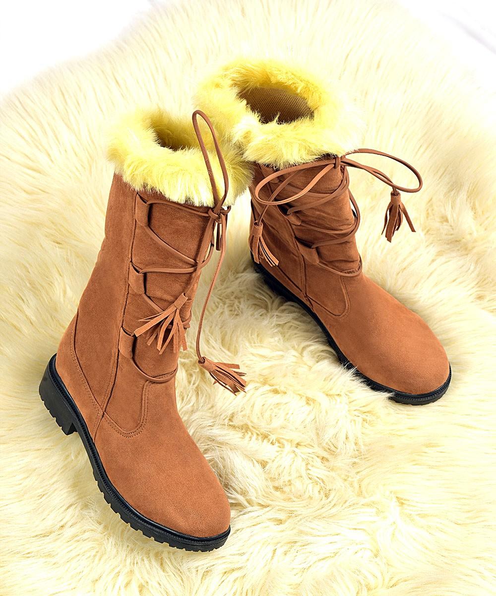 Star stuck boots
