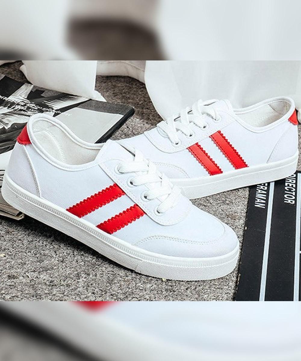 Red stripe Sneaker