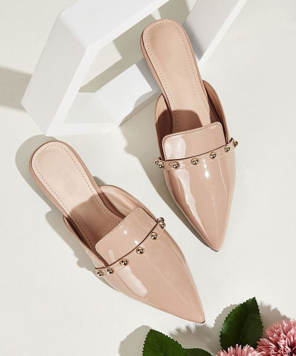 Love to Strut Nude Flats
