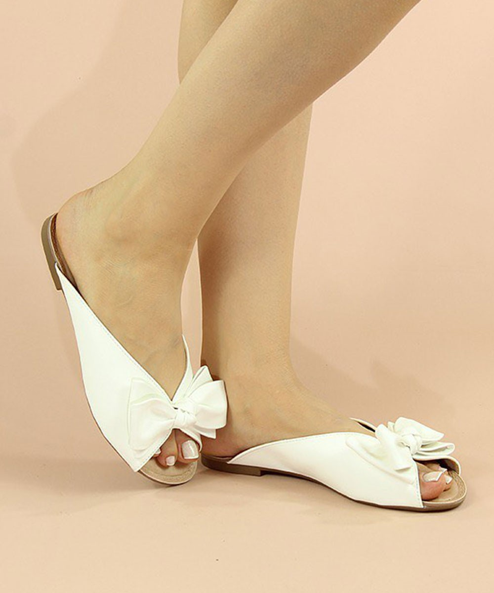 Spring Forth Flats White