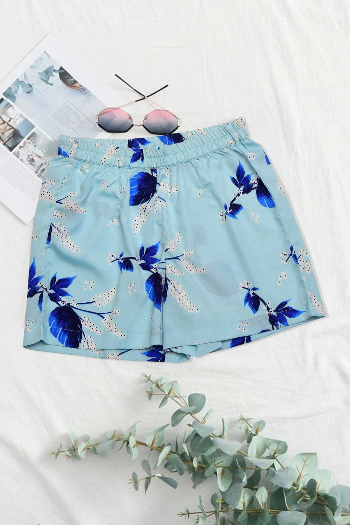 Floral printed edge shorts