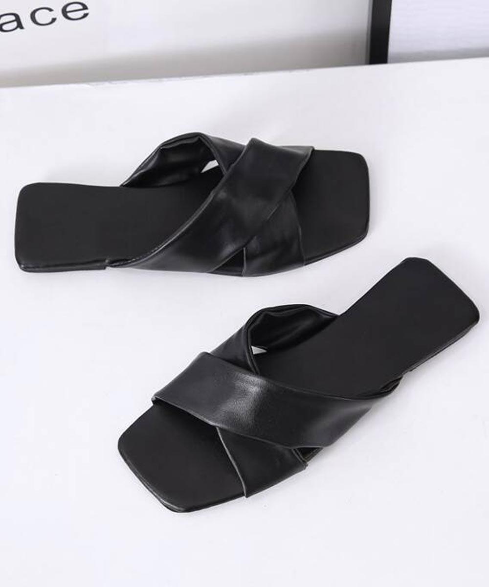 Shangrila square toe flat Black
