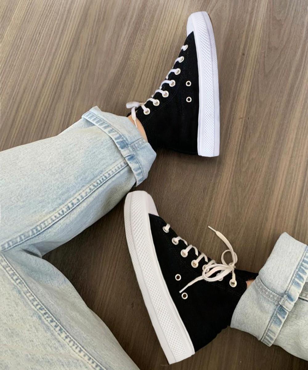 Classic black chunky sole sneaker