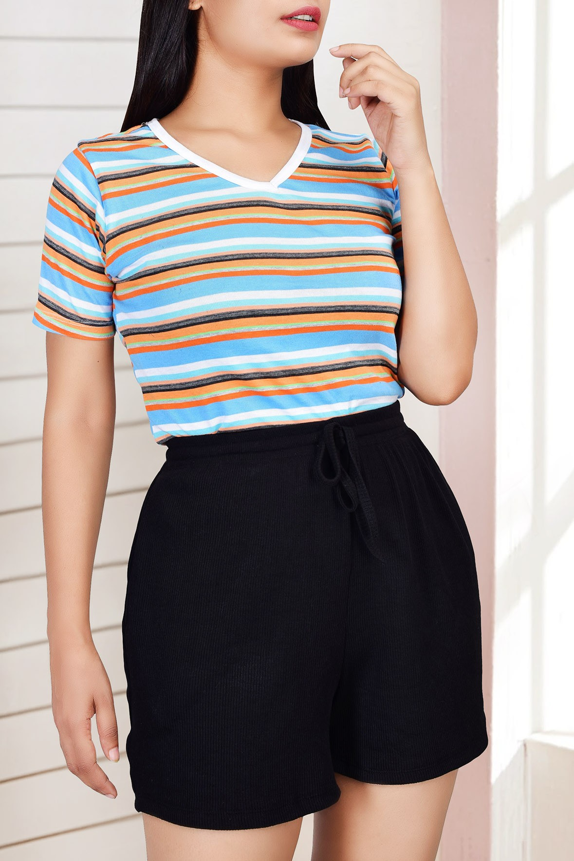 Colored stripes v neck top