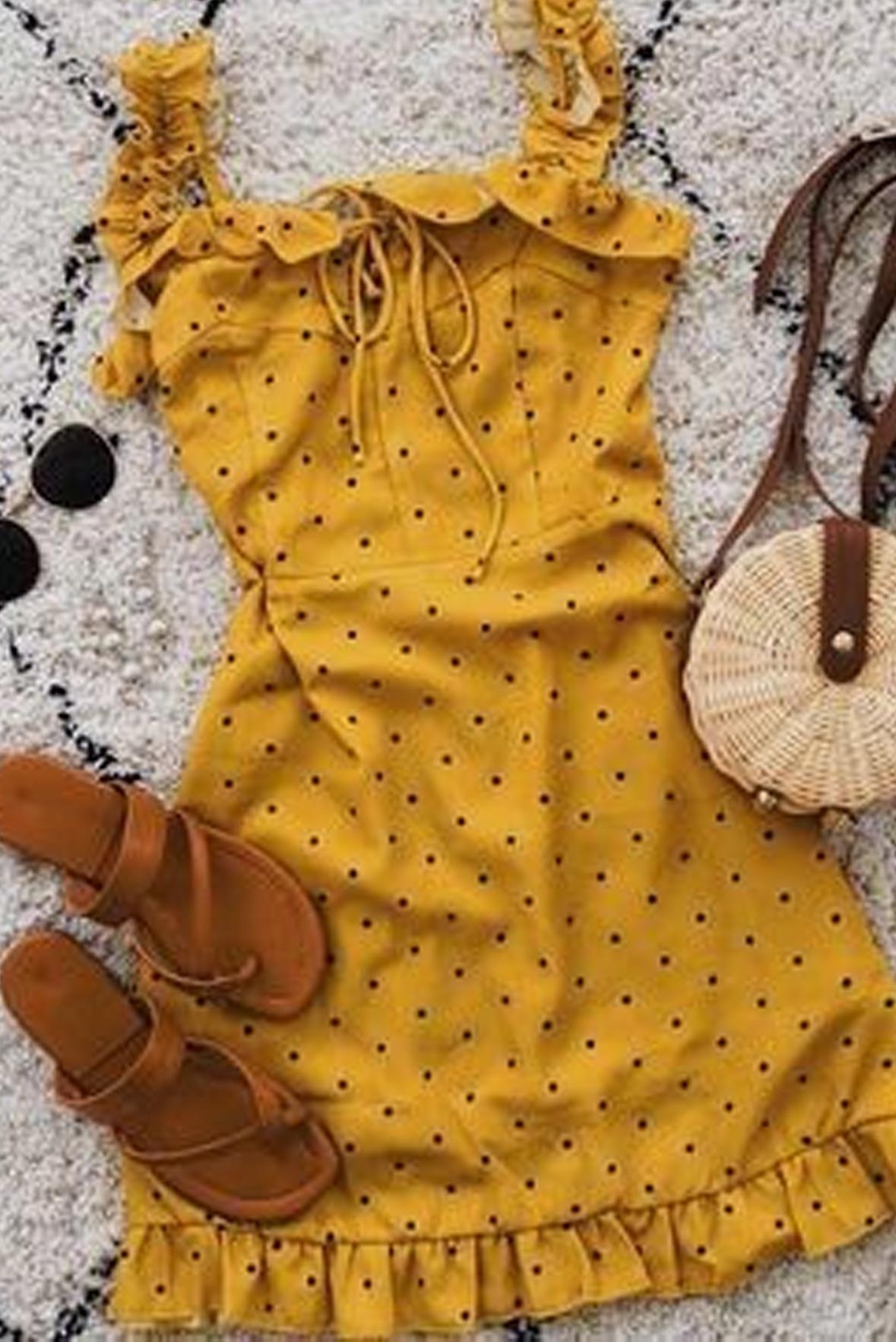 HC pretty polka feminine dress