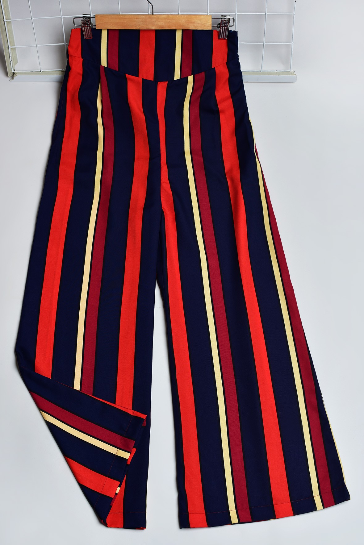 Wide Legged Trendy Trousers