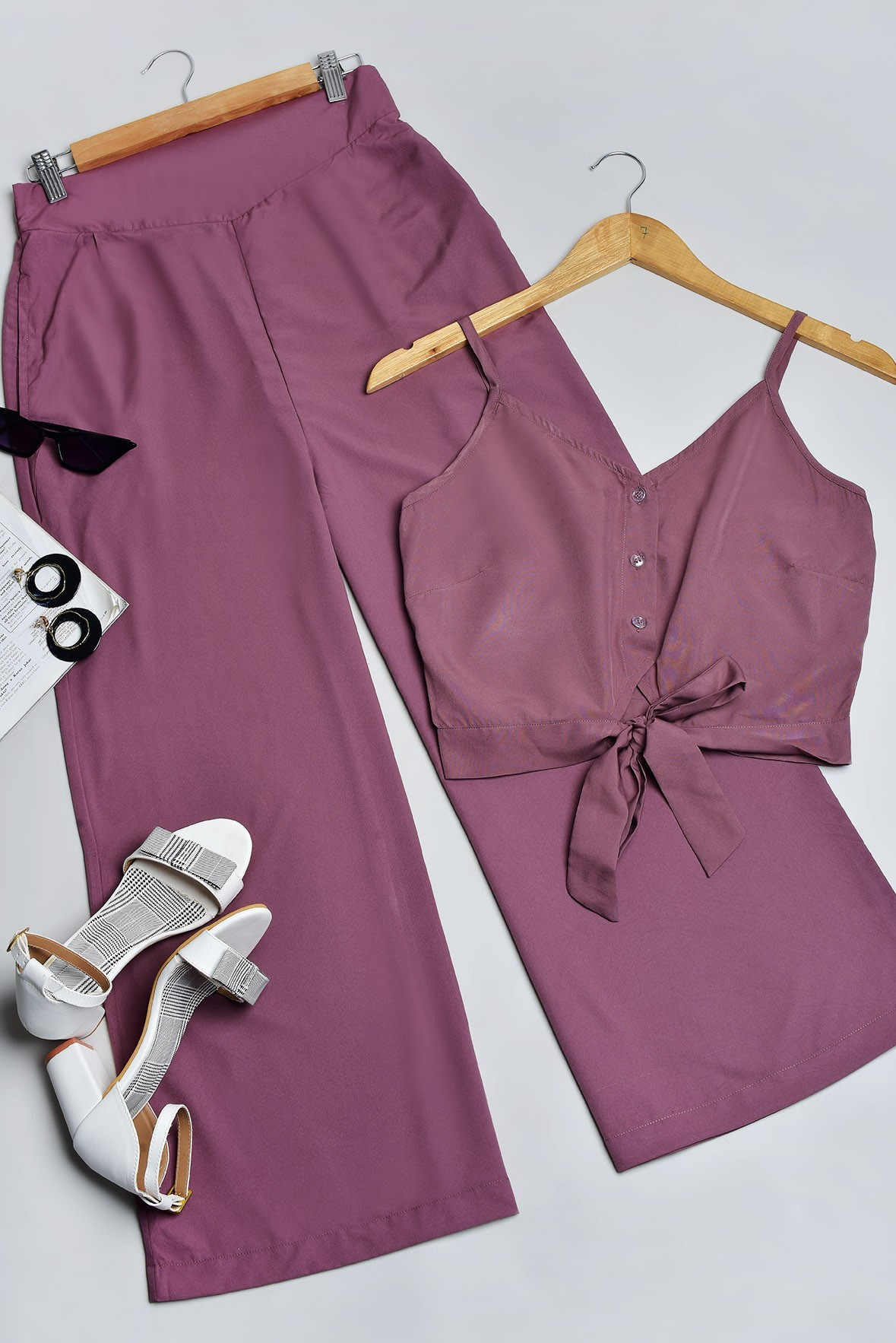 Set of 2 - Happy Monday Outfit