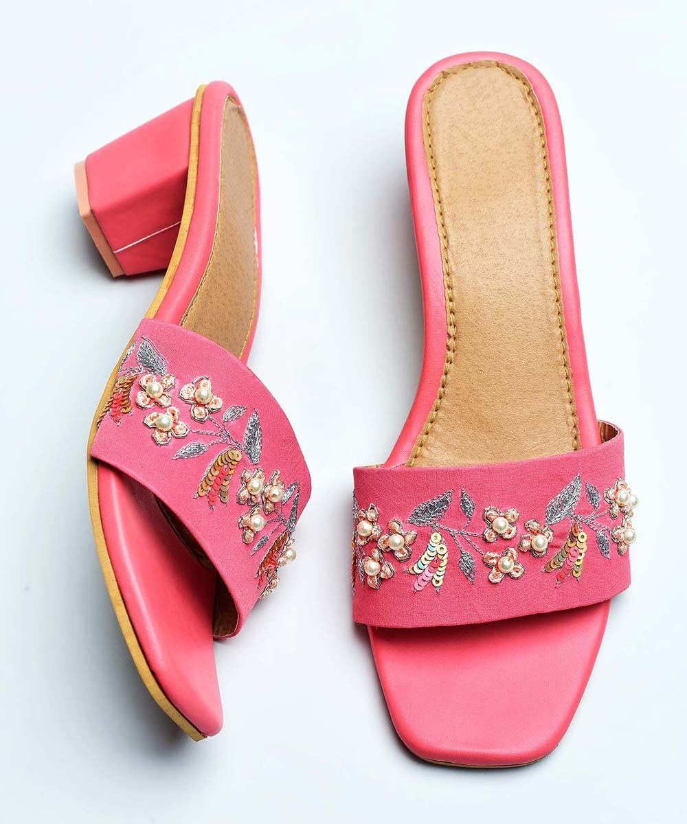 Ethnic style embroidered pink heel