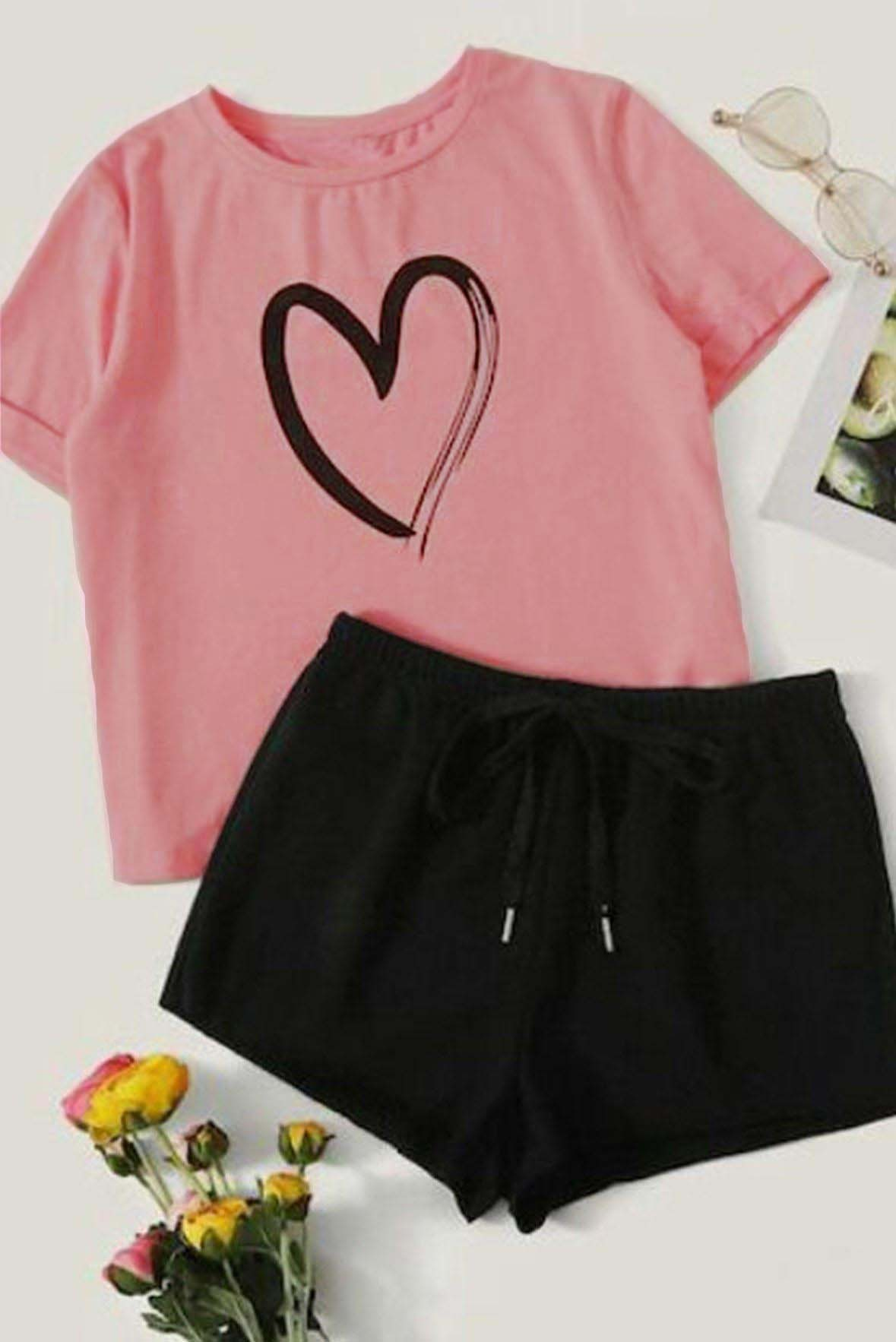 Set of 2 - Heart printed top with shorts