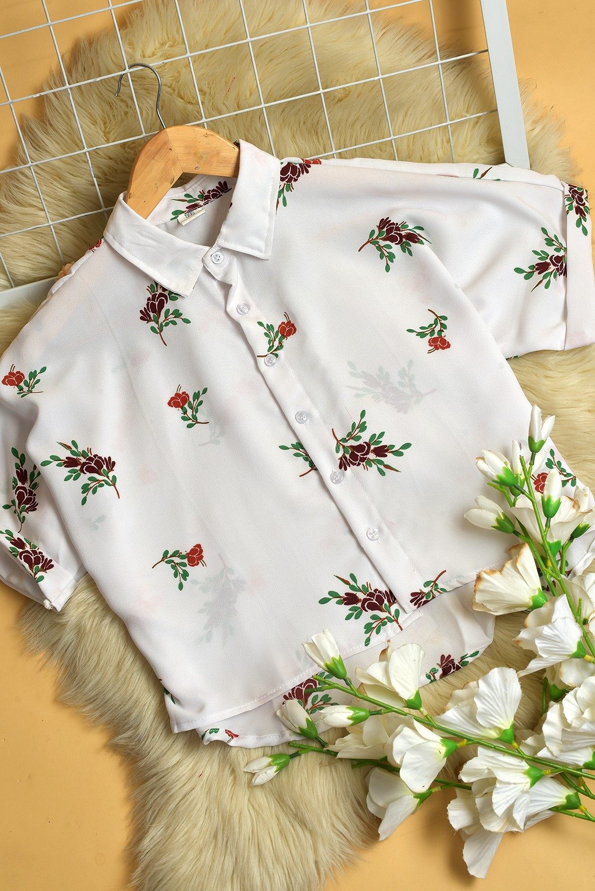 Flower print white shirt