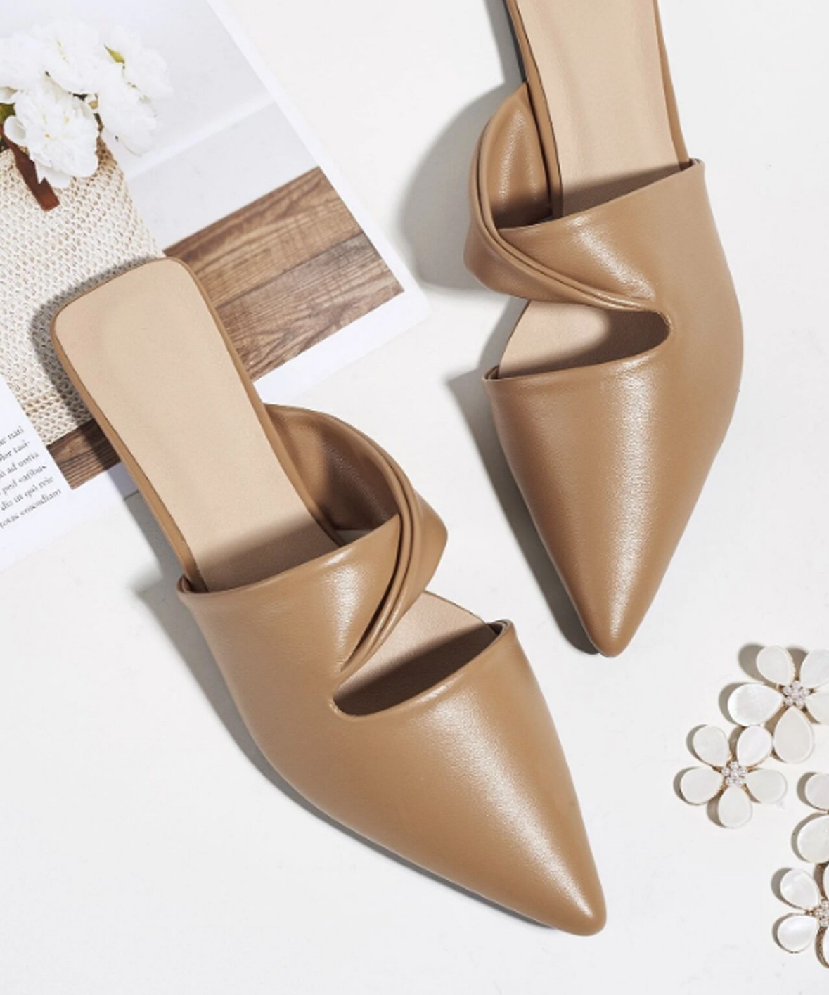 Dona style mules Golden