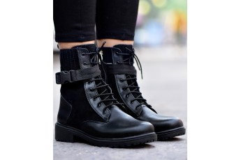FOMO of yours black boot