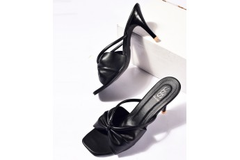 Take me to vermont black heels