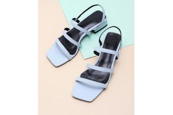 Sa na quaconda blue heels