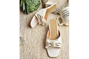 A breezy white block heels