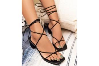 Criss cross babe black Heels