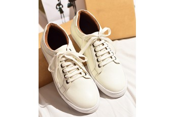 Regular White Laces Sneakers